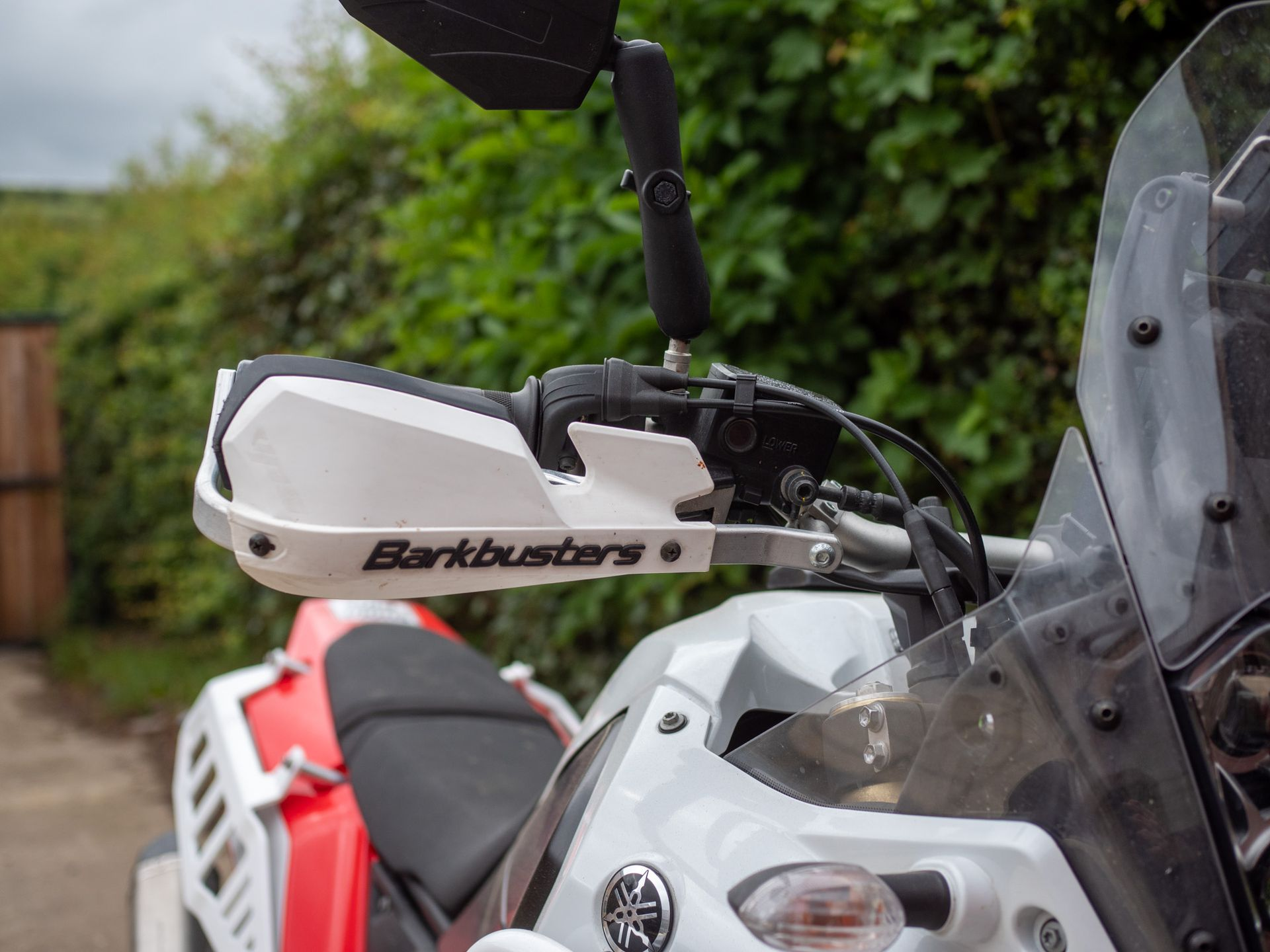 Barkbusters Handguards Fitting Example